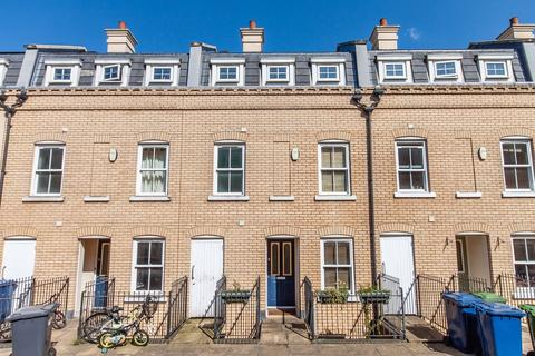 3 bedroom townhouse for sale - St. Matthews Gardens, Cambridge