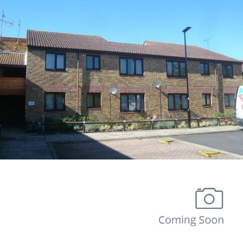 2 bedroom flat to rent - Larkham Close, Feltham, Feltham
