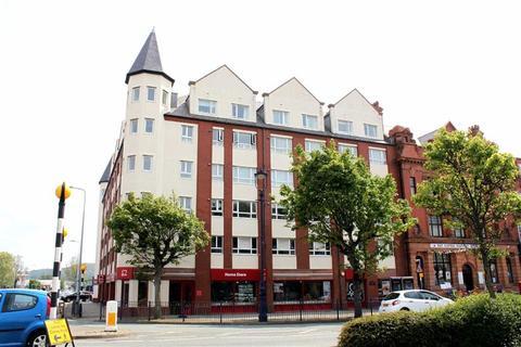 2 bedroom apartment for sale - Vaughan Street, Llandudno, Conwy