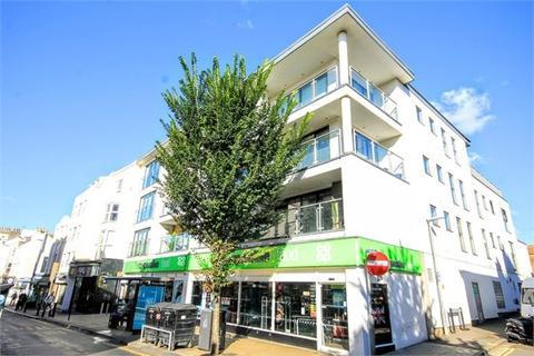 2 bedroom apartment to rent - St James's Street, Brighton, BN2