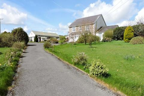 4 bedroom property with land for sale - Henfwlch Road, Carmarthen
