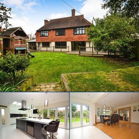 4 bedroom detached house for sale - Maldon Road, Danbury, CM3 4QH