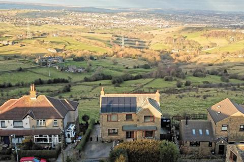 4 bedroom detached house for sale - Thornton Road, Queensbury, Bradford, BD13 1PF