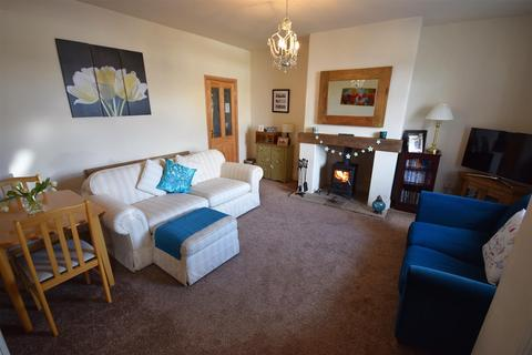2 bedroom terraced house for sale - Fascination Place, Mountain, Bradford