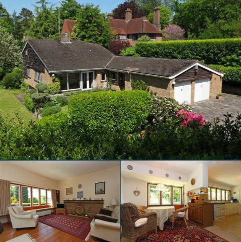 4 bedroom detached bungalow for sale - Walpole Avenue, Chipstead