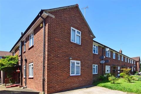 2 bedroom ground floor maisonette for sale - Hurstwood Avenue, Bexleyheath, Kent