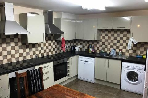 8 bedroom house share to rent - Bournbrook Road, Selly Oak, Birmingham, West Midlands, B29