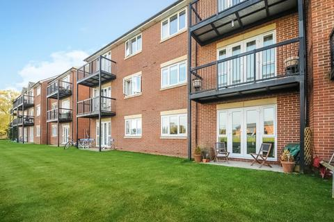 2 bedroom flat for sale - Beresford Place, Temple Cowley, OX4