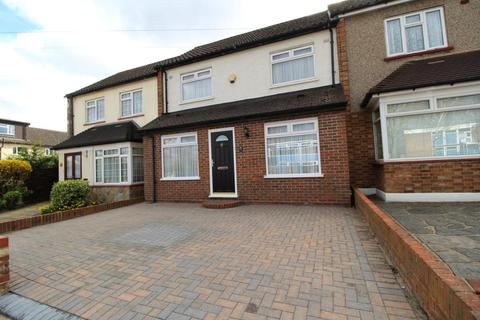 3 bedroom terraced house for sale - Humber Drive, Upminster, Essex, RM14
