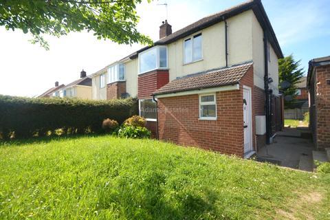 6 bedroom semi-detached house to rent - Hartland Road, Reading
