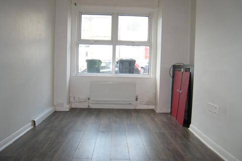 2 bedroom ground floor flat for sale - Milner Road, Brighton BN2