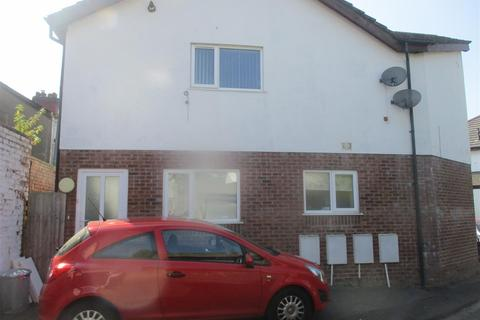 2 bedroom apartment to rent - Redcliffe Avenue, Canton, Cardiff