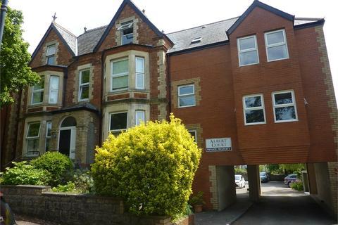 2 bedroom flat to rent - 11 Albert Crescent, Penarth