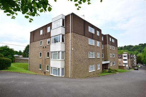 2 bedroom flat for sale - Kingsmere, Brighton, East Sussex