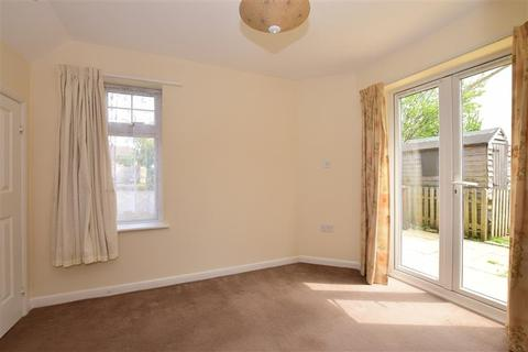 3 bedroom semi-detached house for sale - Raymond Fuller Way, Kennington, Ashford, Kent