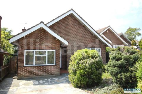 3 bedroom detached bungalow for sale - Bittacy Close, Mill Hill, London, NW7