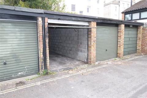 Garage to rent - High Kingsdown, Bristol, BS2