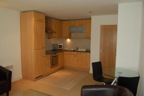 1 bedroom flat to rent - Aegean Apartments, 19 Western Gateway, London