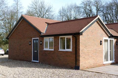 2 bedroom semi-detached house to rent - Church Cottages, Church Road, Studham, Dunstable