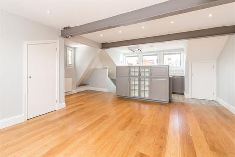 2 bedroom flat to rent - Daleham Mews, Belsize Village, London