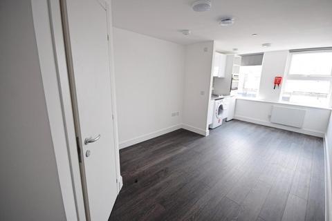 Studio to rent - Terminus Street, Harlow, Essex, CM20 1FA