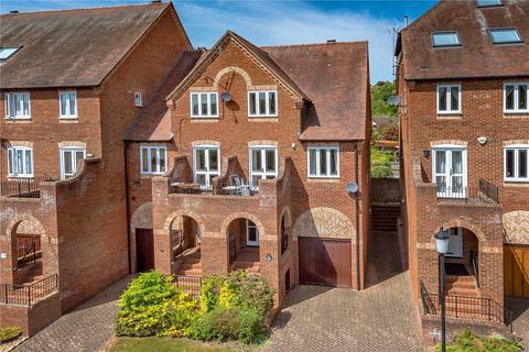 3 bedroom semi-detached house for sale - 32 Southwell Riverside, Bridgnorth, Shropshire, WV16