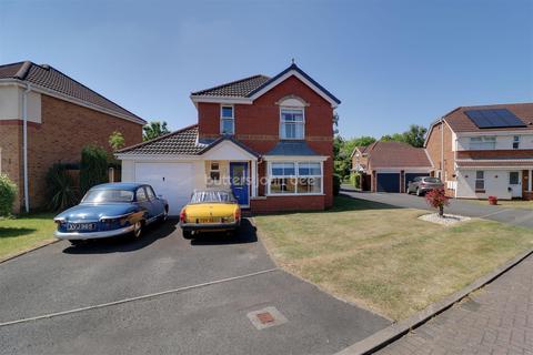 4 bedroom detached house for sale - Carlisle Close, Leegomery, Telford