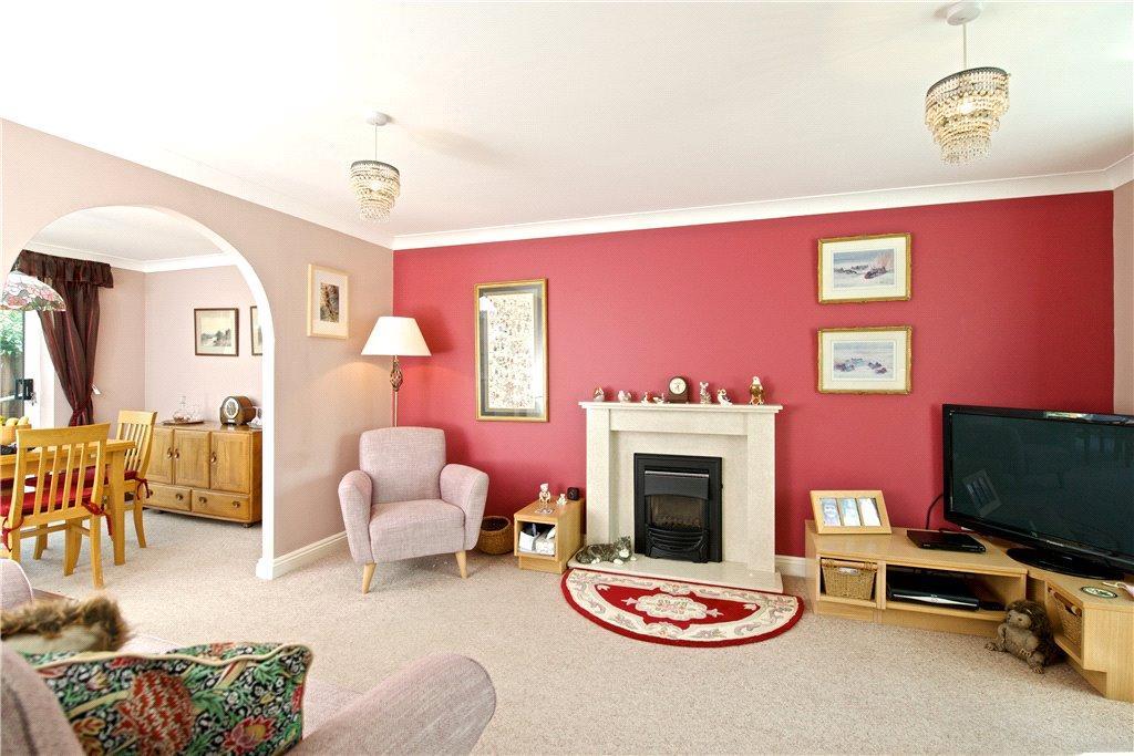 Lincroft, Cranfield, Bedfordshire 4 bed detached house for sale ...