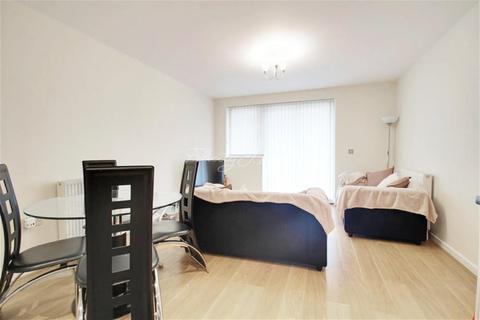 2 bedroom flat to rent - Cubix Apartments, E3