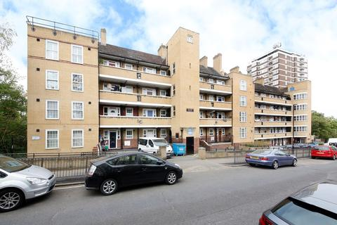 2 bedroom flat to rent - Tanners Hill, London, SE8