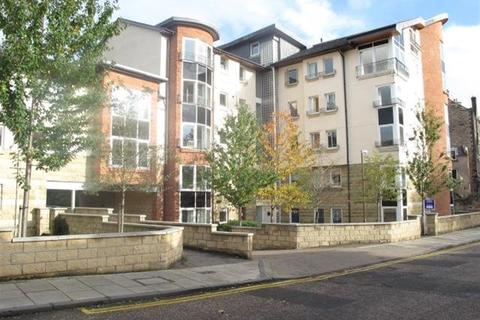 4 bedroom maisonette to rent - SPRING GARDENS, ABBEYHILL, EH8 8HU