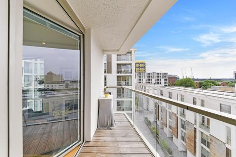 1 bedroom apartment for sale - Denison House, Lanterns Way, Canary Wharf E14