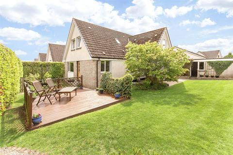 5 bedroom detached house for sale - 6 Buchan Road, Perth, PH1
