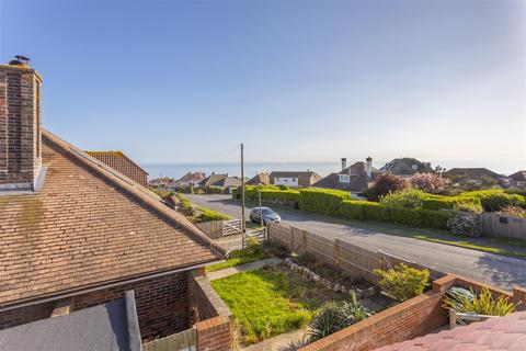 4 bedroom detached house for sale - Cranleigh Avenue, Rottingdean
