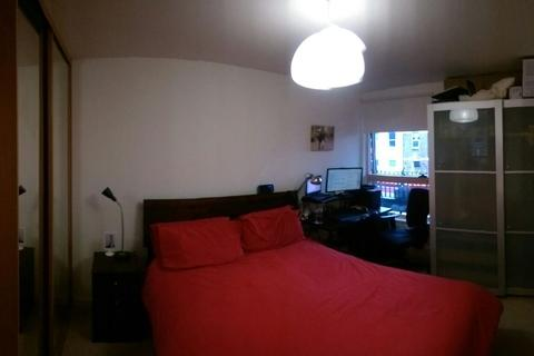 1 bedroom flat share to rent - Princess May Road, Stoke Newington, London N16