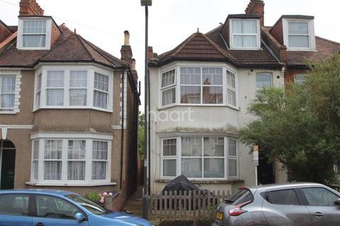 1 bedroom flat to rent - Claremont Avenue, KT3