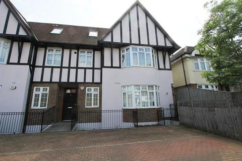 3 bedroom maisonette for sale - Eaton Court, Sinclair Grove, Golders Green, London. NW11 9JH
