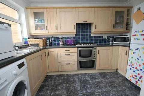 2 bedroom terraced house for sale - Osea Way, CHELMSFORD, Essex