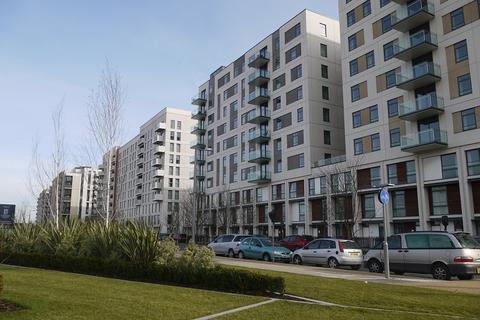 3 bedroom flat for sale - Honour Lea Avenue, Stratford, London. E20