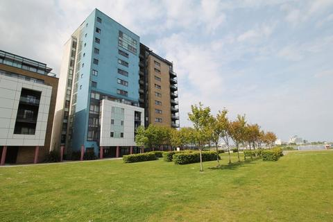 2 bedroom apartment for sale - Ferry Court, Cardiff Bay, CF11 0JJ
