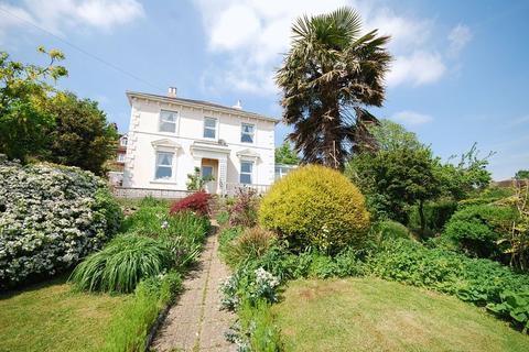 4 bedroom detached house for sale - Hythe