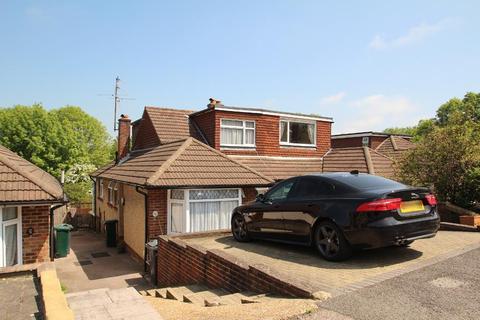 3 bedroom semi-detached house to rent - Dean Gardens, Portslade, East Sussex, BN41 2FX