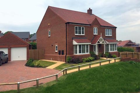 5 bedroom detached house to rent - 24, Wheelwright Drive, Eccleshall, Staffordshire