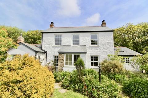 5 bedroom detached house for sale - Little Pednavounder, Coverack