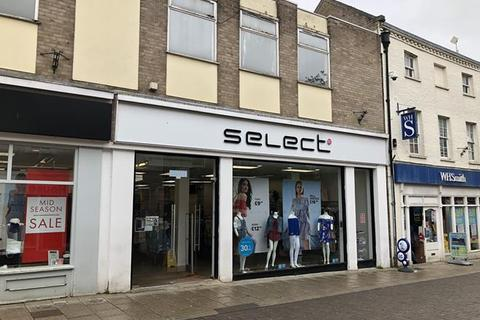 Shop to rent - Unit 5, King Street, Thetford, Norfolk, IP24 2AN