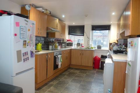 6 bedroom apartment to rent - City Road, CARDIFF, CF24