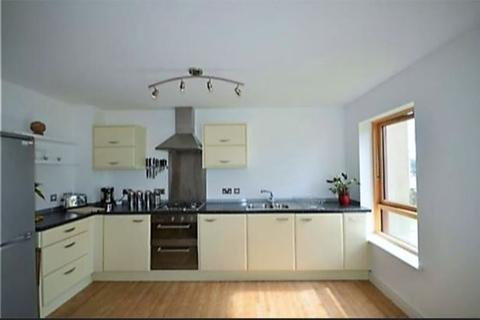 2 bedroom flat to rent - Corte Mear, Truro