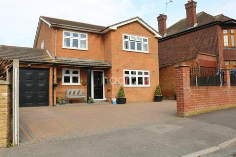 4 bedroom detached house for sale - Southdown Road, Halfway