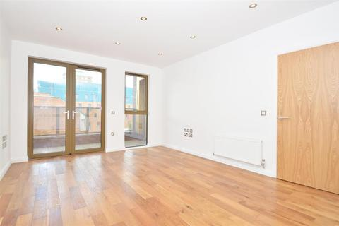 2 bedroom apartment to rent - Crondall Street, Shoreditch, N1