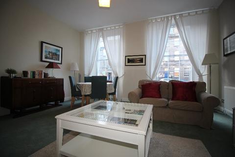 2 bedroom flat to rent - South Charlotte Street, West End, Edinburgh, EH2 4AN